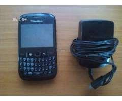 BlackBerry 8520 , incluye cargador, Ojo: puerto usb no funciona, C$500