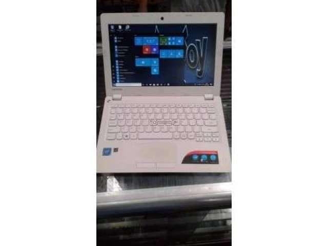Laptop Lenovo - 11.6``