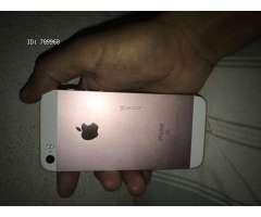 Iphone se de 32 gb se  semi nuevo