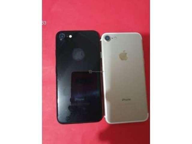 IPHONE 7 128G Y 32G